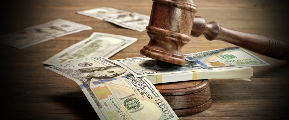 How Does a Personal Injury Attorney Get Paid?